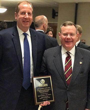 House_Speaker_Moore_Receives_Award